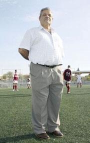 Pedro Olivares.