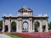 La movilización del 12-12 finalizará en la Puerta de Alcalá. Foto Edescas2.