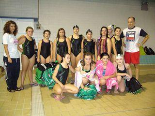 Equipo de waterpolo femenino Covibar-Rivas (12/2009). Foto Juan Baena.